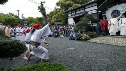 浮き太鼓(日吉神社)