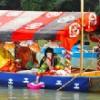 京都嵐山の三船祭での扇流し