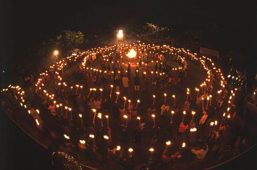 摩文仁・火と鐘のまつりの内容・開催日